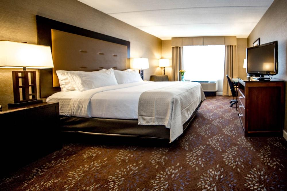 https://i.travelapi.com/hotels/1000000/10000/2300/2282/003fa94b_z.jpg