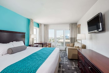 Room, 1 King Bed, Non Smoking (Obstructed Oceanfront View)