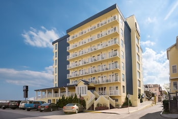 大洋城海濱溫德姆豪生飯店 Howard Johnson Plaza Hotel by Wyndham Ocean City Oceanfront
