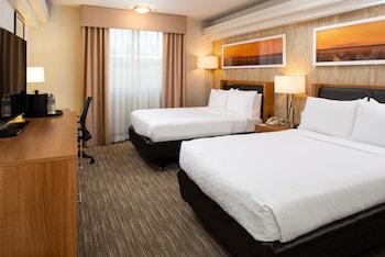 Standard Room, 2 Queen Beds, Bay View (Bay Side)