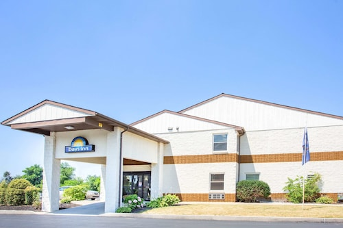 . Days Inn by Wyndham Lancaster PA Dutch Country