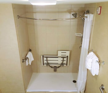 Room, 2 Double Beds, Accessible, Non Smoking (Hearing, Roll-In Shower)