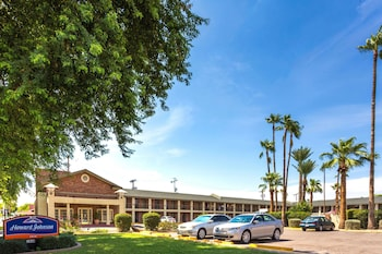 Hotel - Howard Johnson by Wyndham Scottsdale Old Town