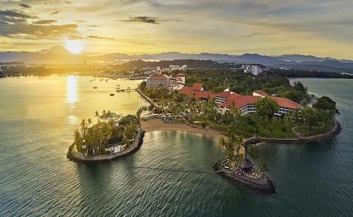 . Shangri La's Tanjung Aru Resort and Spa