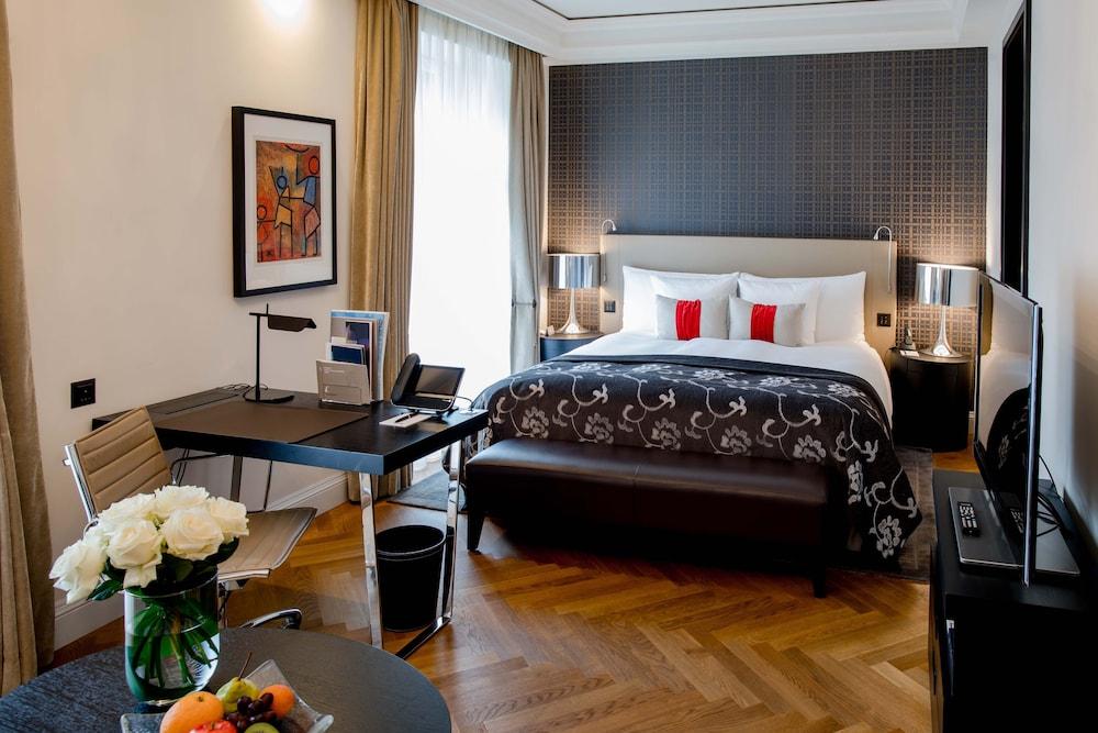 호텔 슈바이처호브 베른 & 더 스파(Hotel Schweizerhof Bern & THE SPA) Hotel Image 13 - Guestroom