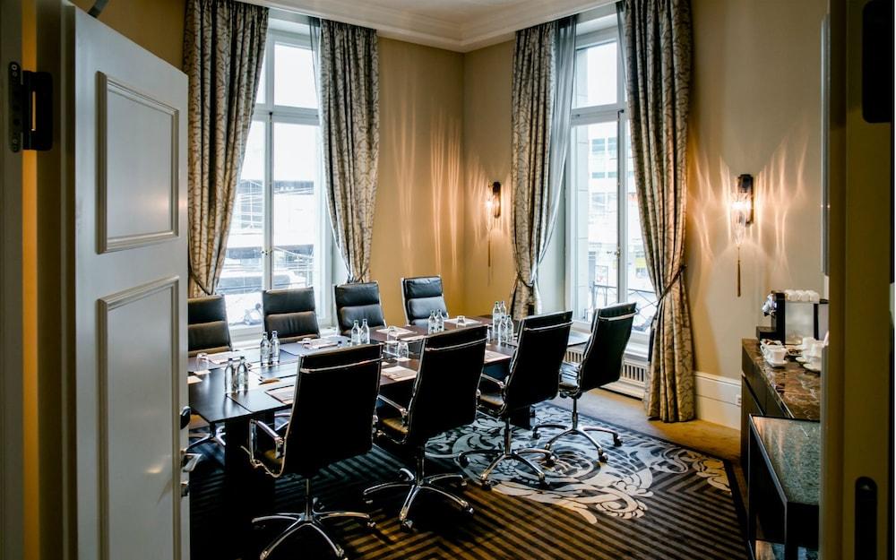호텔 슈바이처호브 베른 & 더 스파(Hotel Schweizerhof Bern & THE SPA) Hotel Image 95 - Meeting Facility