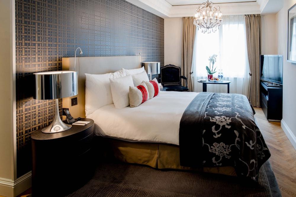 호텔 슈바이처호브 베른 & 더 스파(Hotel Schweizerhof Bern & THE SPA) Hotel Image 26 - Guestroom