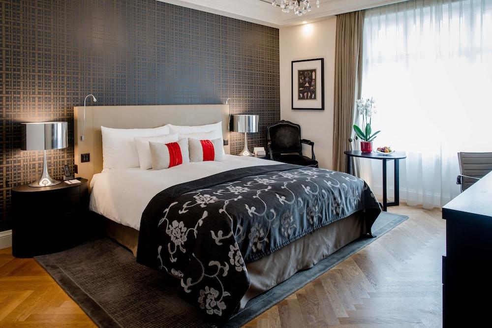 호텔 슈바이처호브 베른 & 더 스파(Hotel Schweizerhof Bern & THE SPA) Hotel Image 32 - Guestroom