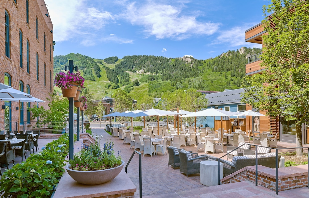 Hotel Jerome Deluxe Aspen Co Hotels Gds Reservation Codes