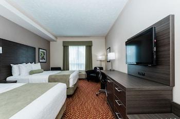 Standard Room, Multiple Beds, Microwave, Tower