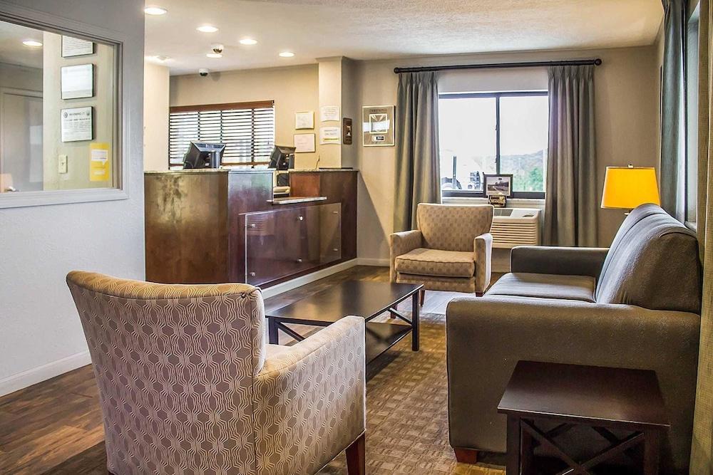 Quality Inn Cambridge, Ohio, US - Reservations.com