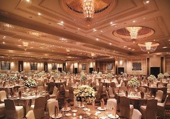 Makati Shangri-La Indoor Wedding