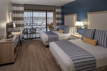 Standard Room, 2 Queen Beds, Marina View, Ground Floor