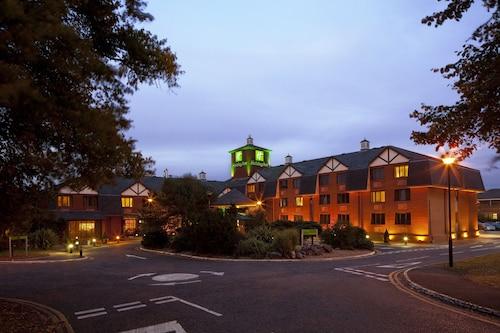 . Holiday Inn Northampton