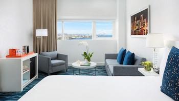 Playful Junior Bayview Suite