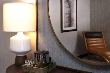 Guestroom at Hotel Adeline in Scottsdale