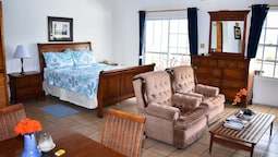 Grand Suite, 1 Queen Bed With Sofa Bed, Sea View