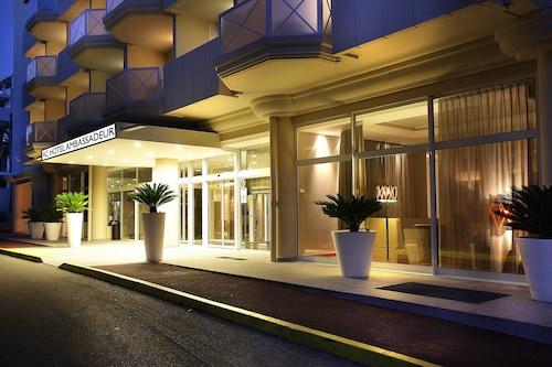 . AC Hotel by Marriott Ambassadeur Antibes - Juan Les Pins