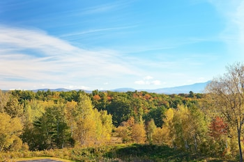 DoubleTree by Hilton Burlington Vermont - Aerial View  - #0