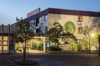 索爾布呂肯索德美居飯店 Mercure Hotel Saarbrücken Süd