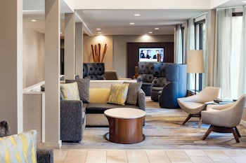 Irvine Vacations - Courtyard by Marriott John Wayne Airport/Orange County - Property Image 1