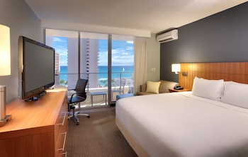 Room, 1 King Bed, Ocean View with Single Sofa Bed (Standard)