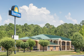 Days Inn by Wyndham Fulton photo