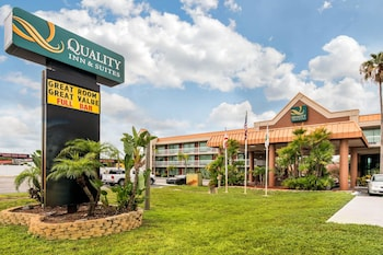 南塔彭斯普林斯凱藝套房飯店 Quality Inn & Suites Tarpon Springs South