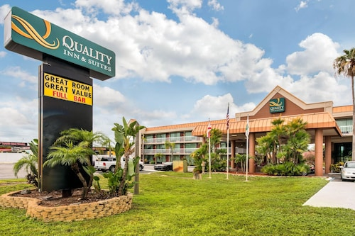 . Quality Inn & Suites Tarpon Springs South