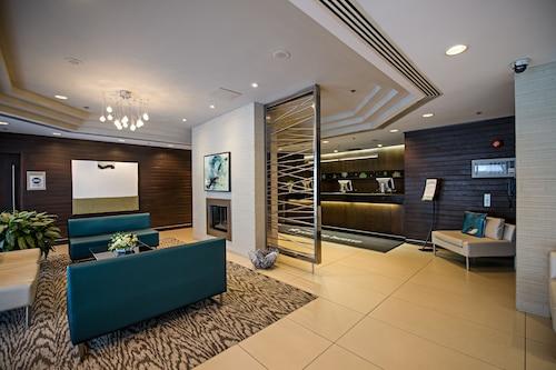 __{offers.Best_flights}__ Cambridge Suites Hotel