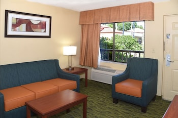 Suite, 2 Queen Beds, Non Smoking, Refrigerator (Third bed is a Sofabed)