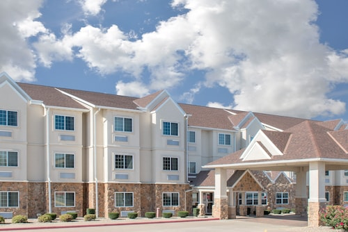 . Microtel Inn & Suites by Wyndham Quincy