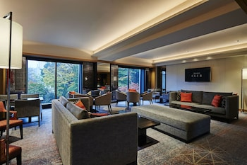 SHERATON MIYAKO HOTEL TOKYO Living Area