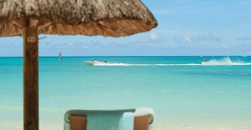 Royal Palm Beachcomber Luxury,