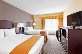 Room, 2 Queen Beds, Non Smoking (Feature)