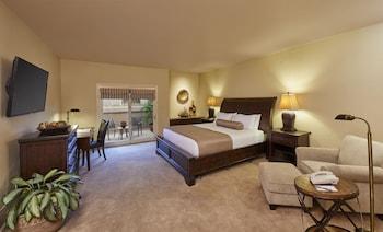Room (Sonoran Lodge)