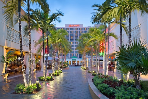 . Boca Raton Marriott at Boca Center