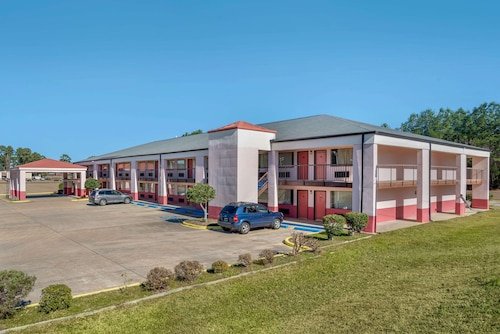 . Econo Lodge Inn And Suites