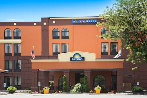 __{offers.Best_flights}__ Days Inn by Wyndham Reading Wyomissing