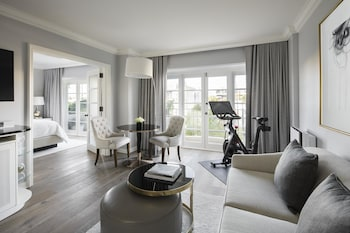 Suite (California Wellness)