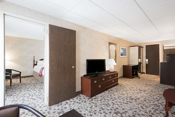 Suite, 2 Double Beds, Non Smoking (One-Bedroom)