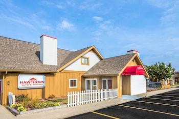 Hawthorn Suites Dayton North - Exterior  - #0