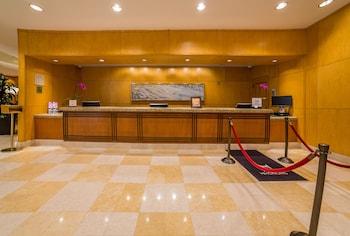 Reception at DoubleTree Suites by Hilton Santa Monica in Santa Monica