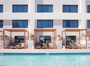 聖莫尼卡希爾頓套房飯店 Hilton Santa Monica Hotel & Suites