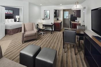 Suite, 2 Bedrooms (Trio Suite)