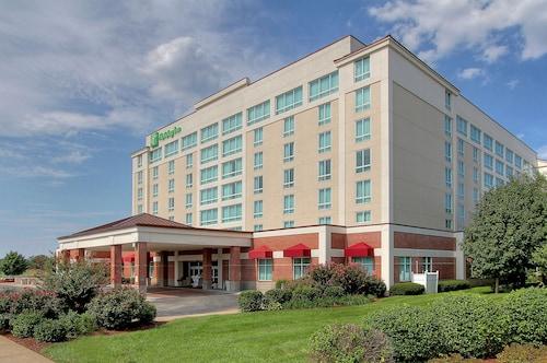 . Holiday Inn University Plaza-Bowling Green, an IHG Hotel