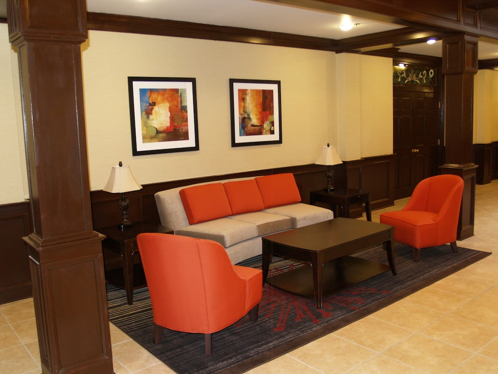 Hotel Interior : Lobby Sitting Area 45 of 176
