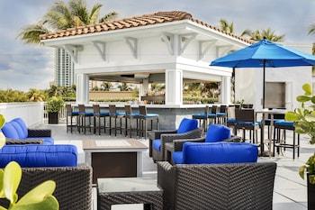 勞德代爾堡海灘萬怡飯店 Courtyard by Marriott Fort Lauderdale Beach