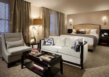 Deluxe Room, 1 King Bed (Preferred)