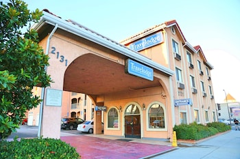Hotel - Travelodge by Wyndham Pasadena Central